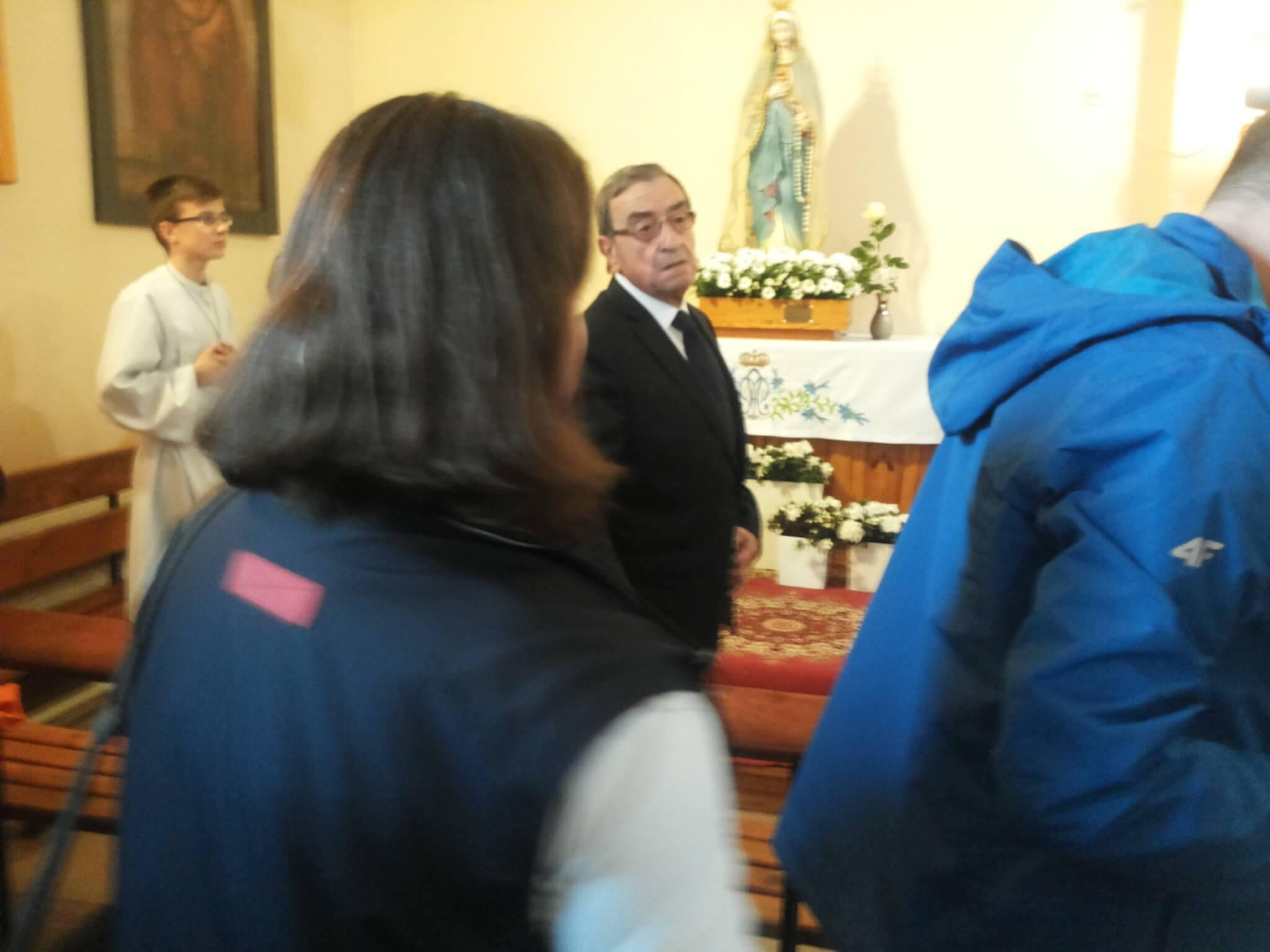 Arturo Mari 3